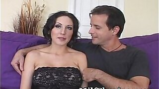 MMF Hunter Hayden Pills Up a Young Chick - Brazzers porno