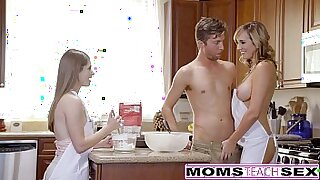 Blonde Teen Threesome With Dick for Mom - Brazzers porno