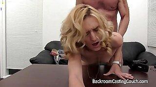 Anal Teacher Fucks Her Studs For Pleasuring - Brazzers porno