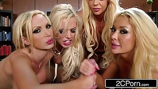 Wanking blonde in office gangbang - Brazzers porno
