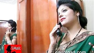 Kavita Bhabhi Seducing Doctor and then cheating him - Brazzers porno