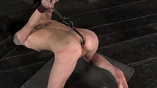 Tied up bdsm babe pussy pleased - Brazzers porno