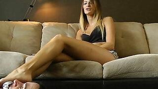 Felicias Daily Footstool - Brazzers porno