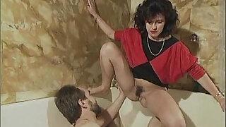 Familie Immerscharf Von Einem Schwanz Zum Naechsten 1996 - Brazzers porno