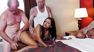 Staycation with Latin Hottie - Brazzers porno