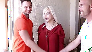 Fucking My Sons Teen Girlfriend At Thanksgiving - Brazzers porno