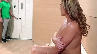 Sex Tape made With Big Juggs Housewife elexis monroe movie - Brazzers porno