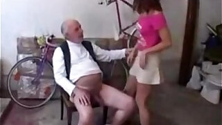 18 Year Old banged by Old Man - Brazzers porno