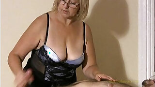 Big titted professional masseuse sensually massages client and his cock - Brazzers porno
