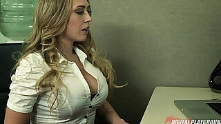 Blonde gives her boss her proposal and a quick fuck - Brazzers porno