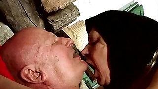 Abuela follando - Brazzers porno