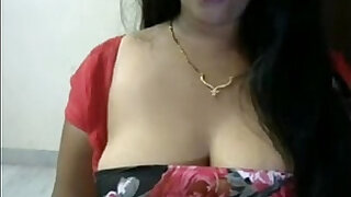 Sweety Aunty with Big Tits on Cam - Brazzers porno