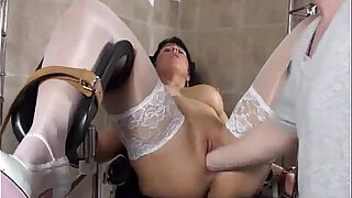 Blond milf fucked by her Doctor - Brazzers porno