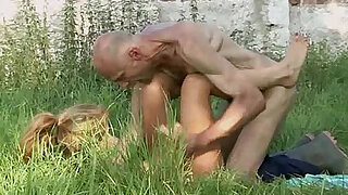 Old man is helping her cum - Brazzers porno