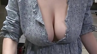 Downblouse Striptease Big Boobs - Brazzers porno