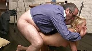 Wild pleasuring for old teacher - Brazzers porno