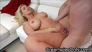 Step mom Riley Kleioh fucked by her stepson inside their bathroom - Brazzers porno
