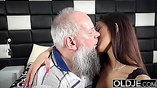 Sexy and naughty step daddys cumshot - Brazzers porno