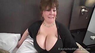 Chubby Interracial slut fucked in car - Brazzers porno