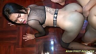 Asian Deepthroat Fuck and Slip This Cock In A Hole - Brazzers porno